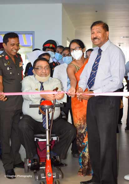 The opening ceremony of the private outpatient department at the university hospital